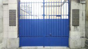 Picpus, blue gate